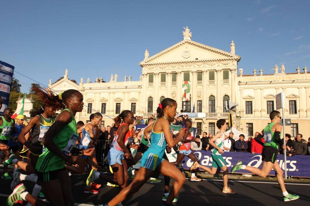 venicemarathon,3842.jpg?WebbinsCacheCounter=1