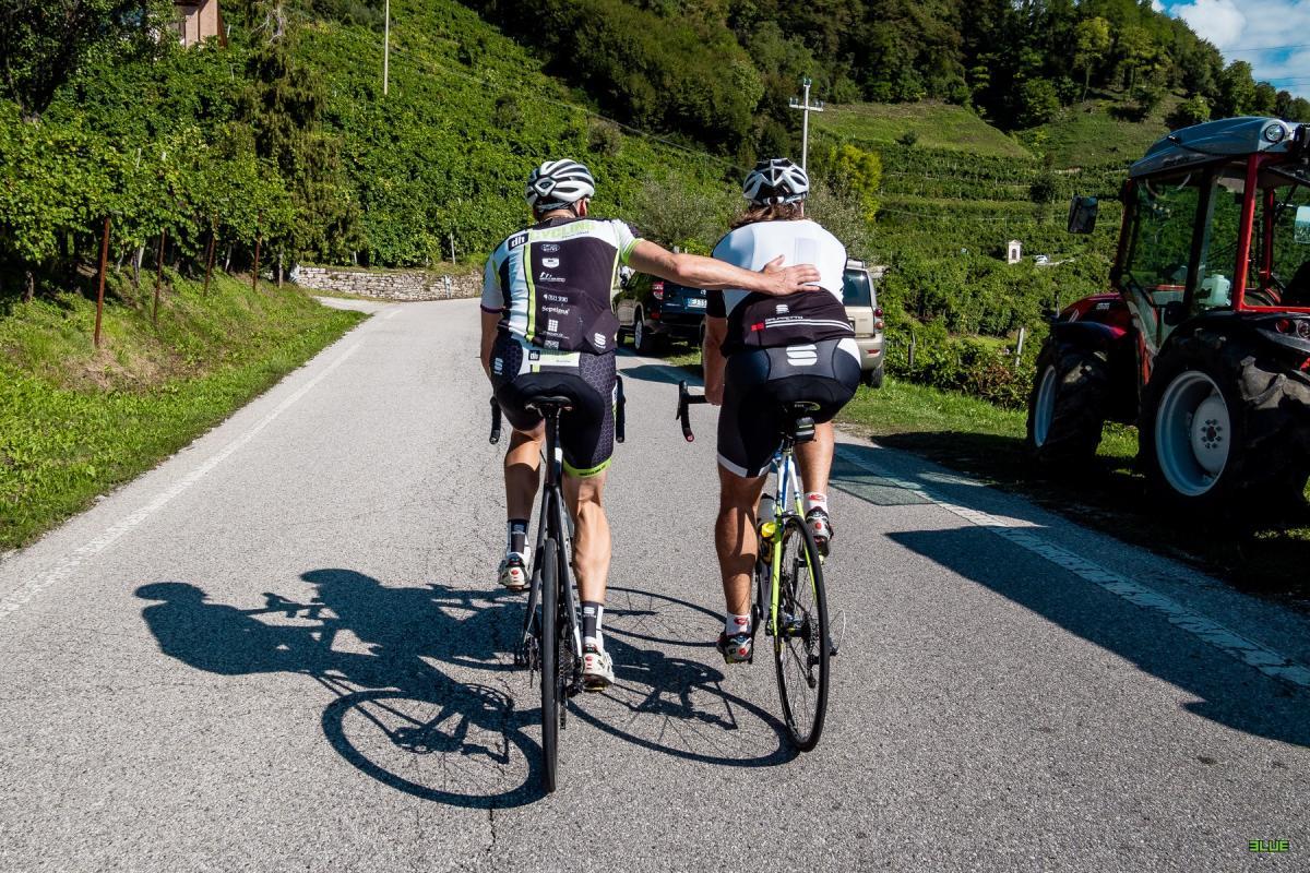 Passione ciclismo alla scoperta dei percorsi del Giro d'Italia in Veneto tra cui il Muro di Ca' del Poggio, l'ascesa al Monte Grappa e l'anello del Montello