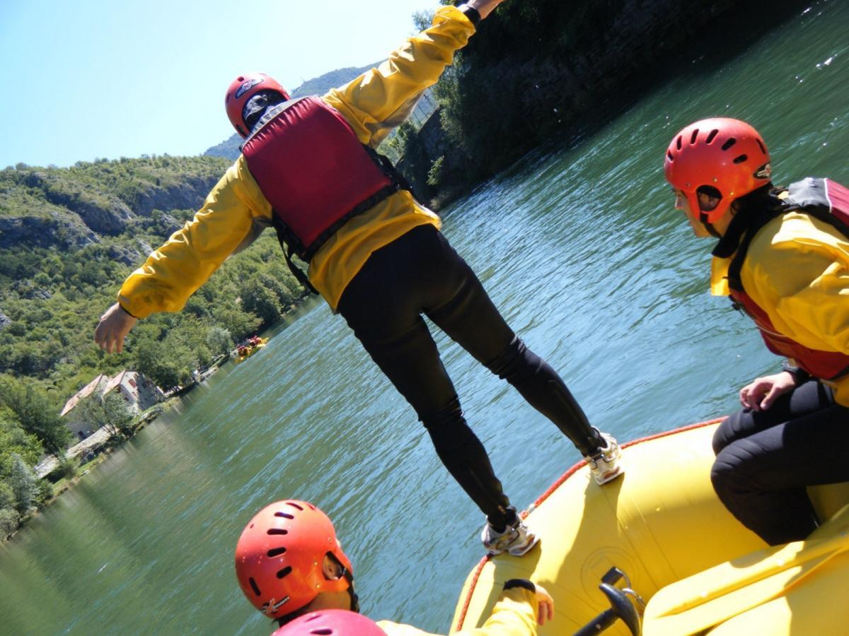 Rafting sul fiume Brenta durante la tua vacanza attiva in Veneto sulle Colline del Prosecco