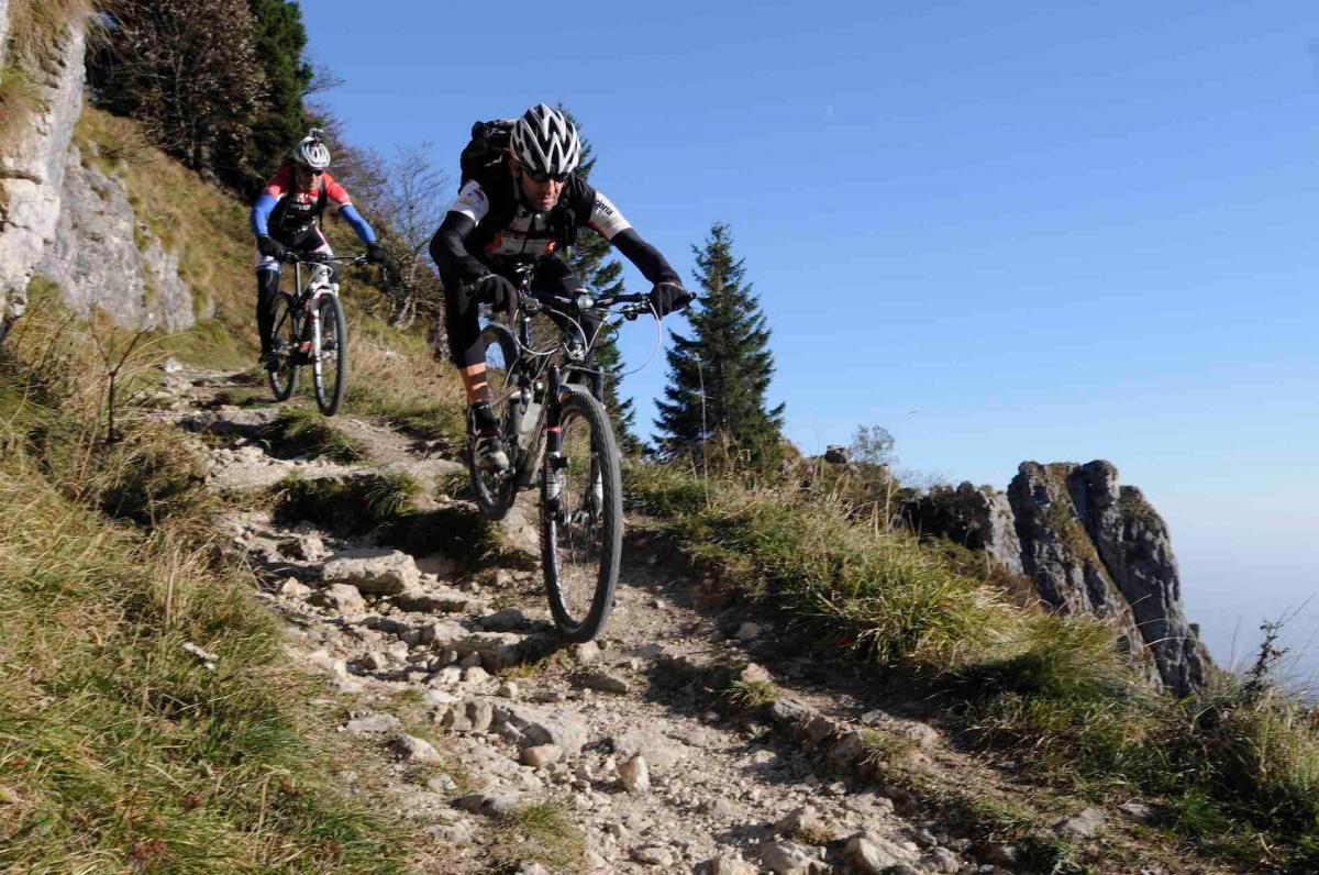 Esperienza mountain bike MTB sul Monte Grappa durante le tue vacanze MTB in Veneto sulle Colline del Prosecco