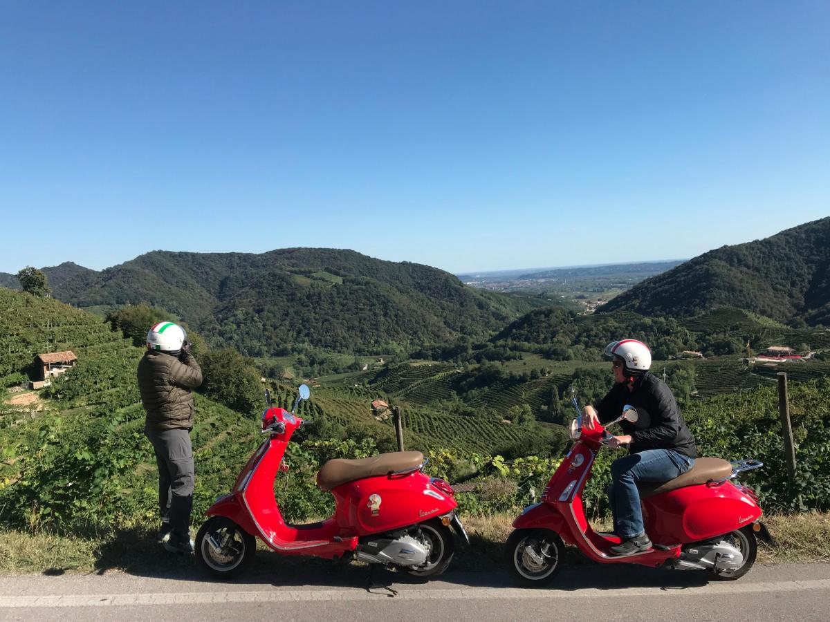 Vespa Rent Dolomiti, Viaggiare in vespa sulle Colline del Prosecco Superiore