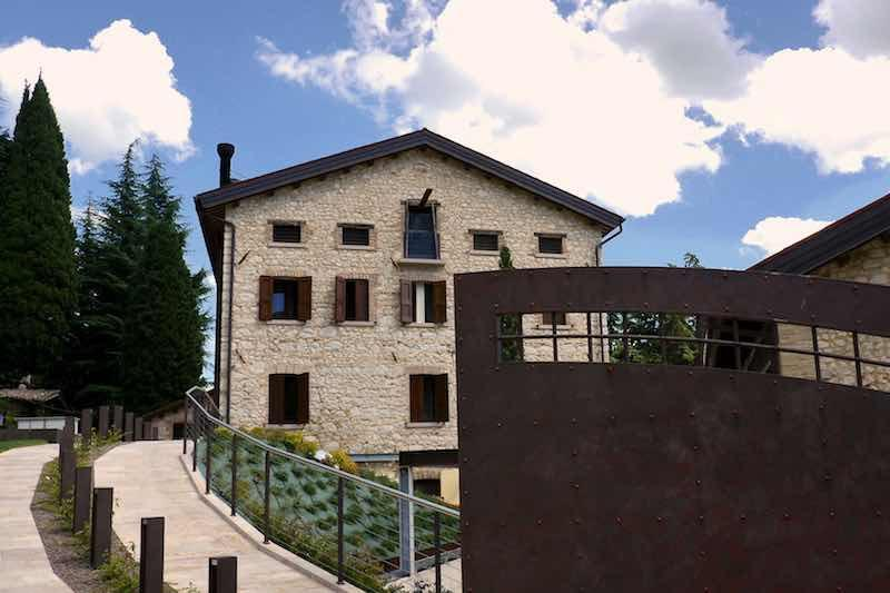 Hotel Antica Abbazia alle pendici del Monte Grappa e poco distante da Bassano e Asolo - Hotel sulle Colline del Prosecco in Veneto