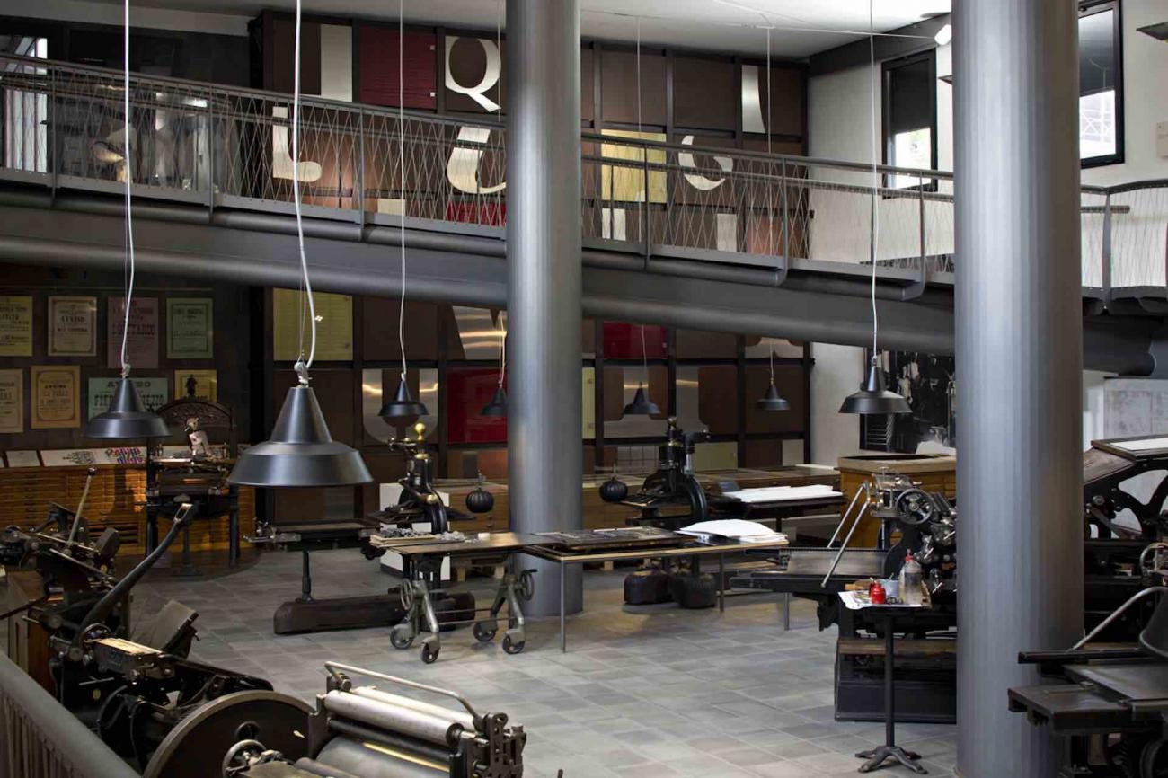 Museo, archivio, biblioteca, stamperia e auditorium, la famosa Tipoteca italiana permette sperimentare la bellezza dell'arte tipografica italiano