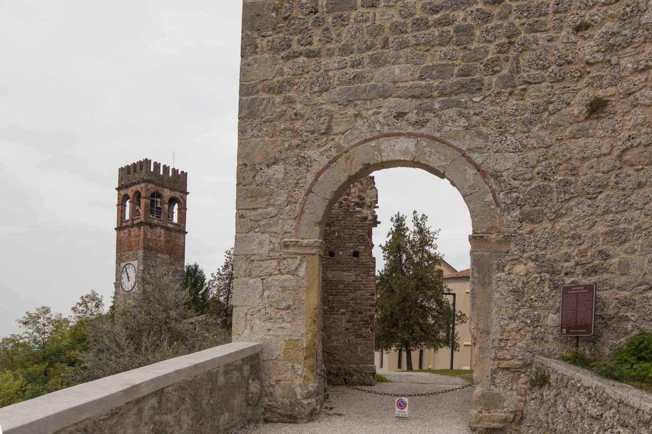 Durante le tue vacanze in Veneto visita il castello di San Salvatore a Susegana - Treviso