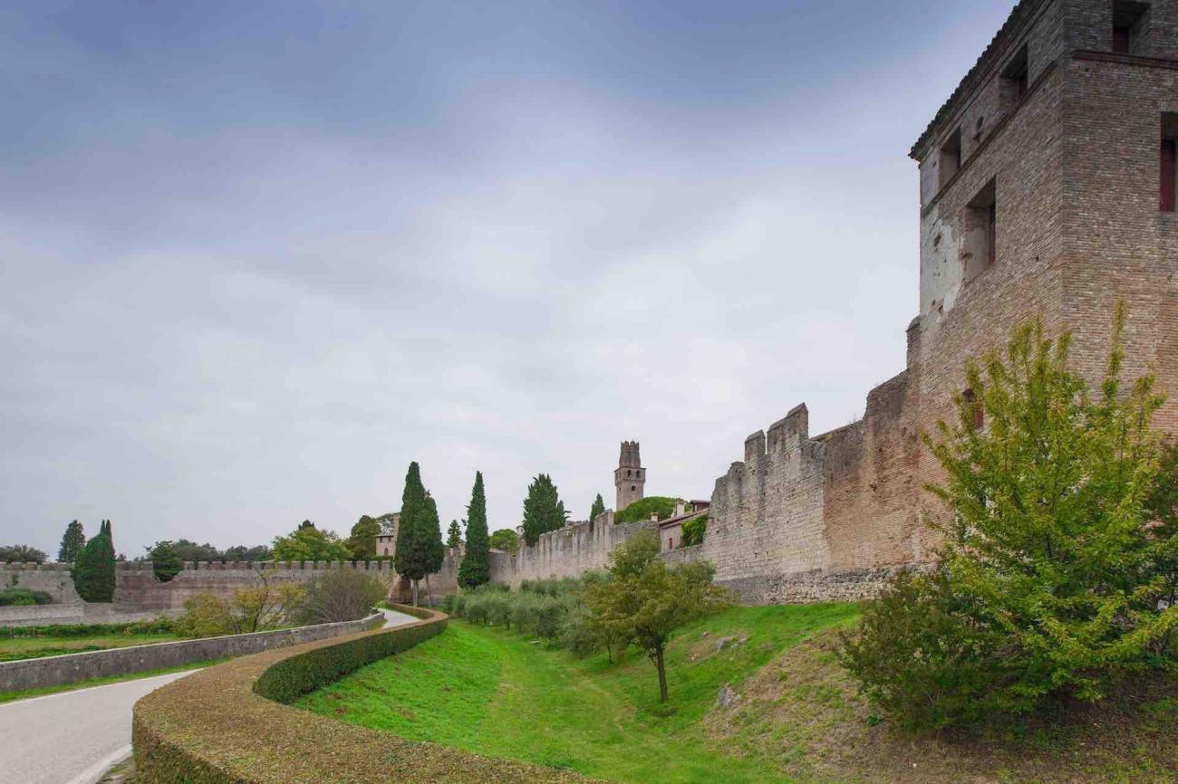 castello di San Salvatore - complesso fortificato di Susegana in Treviso