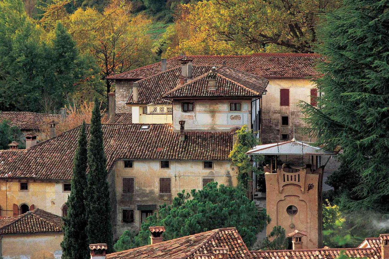 Il castello ed il borgo di Cison di Valmarino fa parte dei borghi più belli d'Italia
