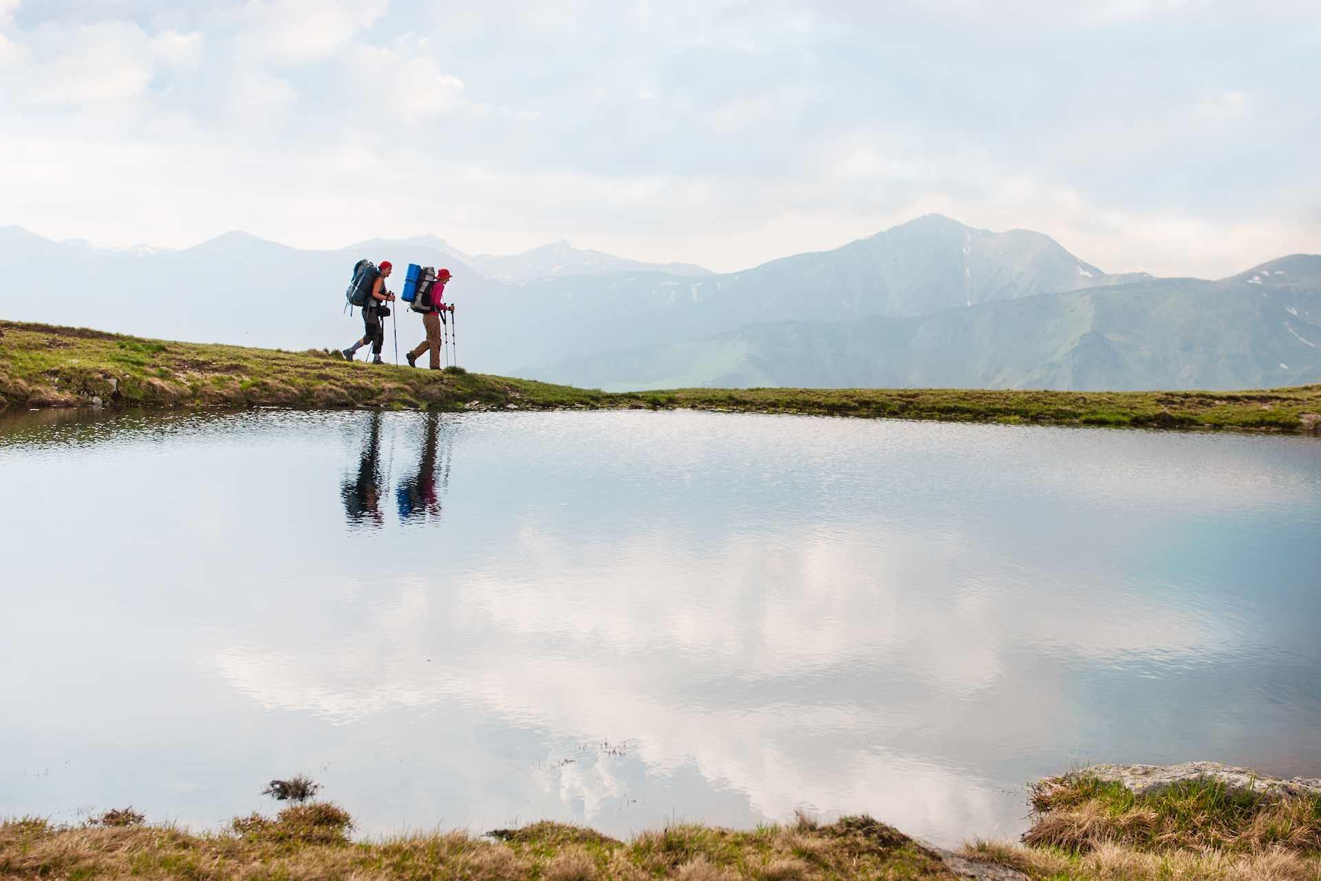 Dal Monte Grappa potrai raggiungere il Monte Cesen sino al Col Visentin in un percorso panoramico tra le Colline del Prosecco