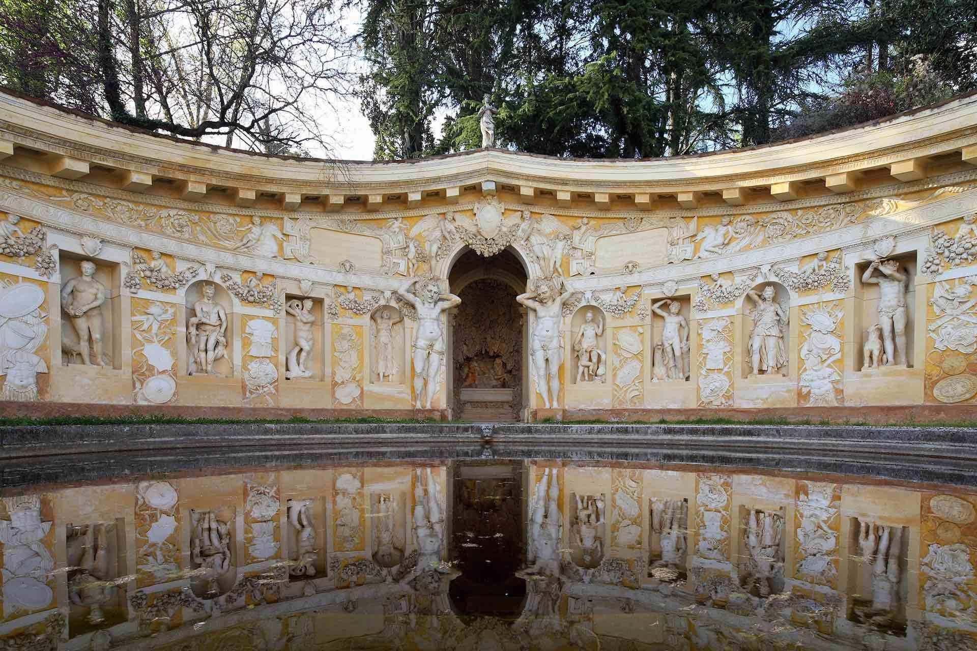 Visita Villa Barbaro o Villa di Maser in Veneto per scoprire il Genio di Palladio