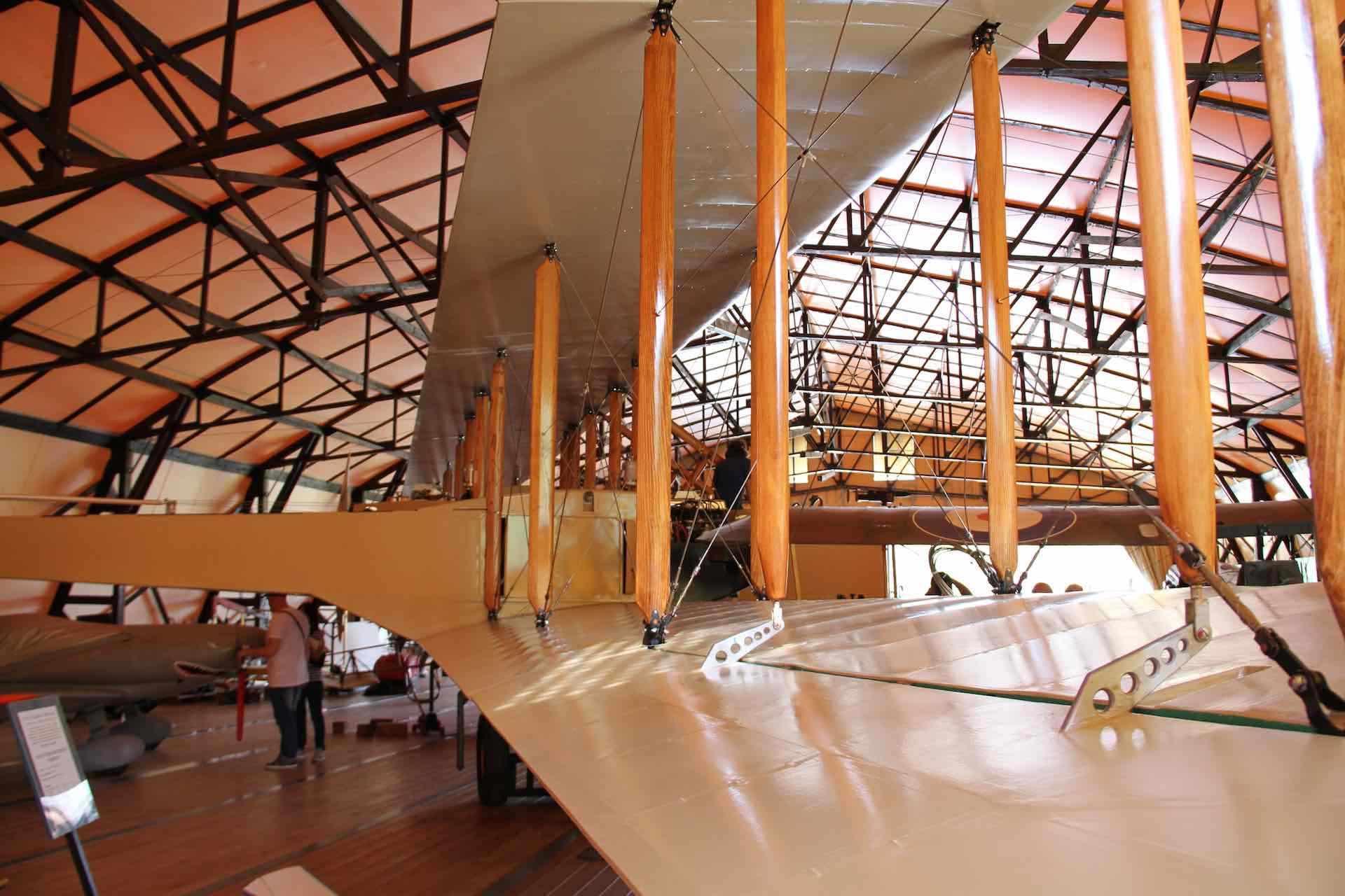 scopri la storia dell'aviazione al Museo Volante Jonathan Collection a Nervesa della battaglia in Treviso