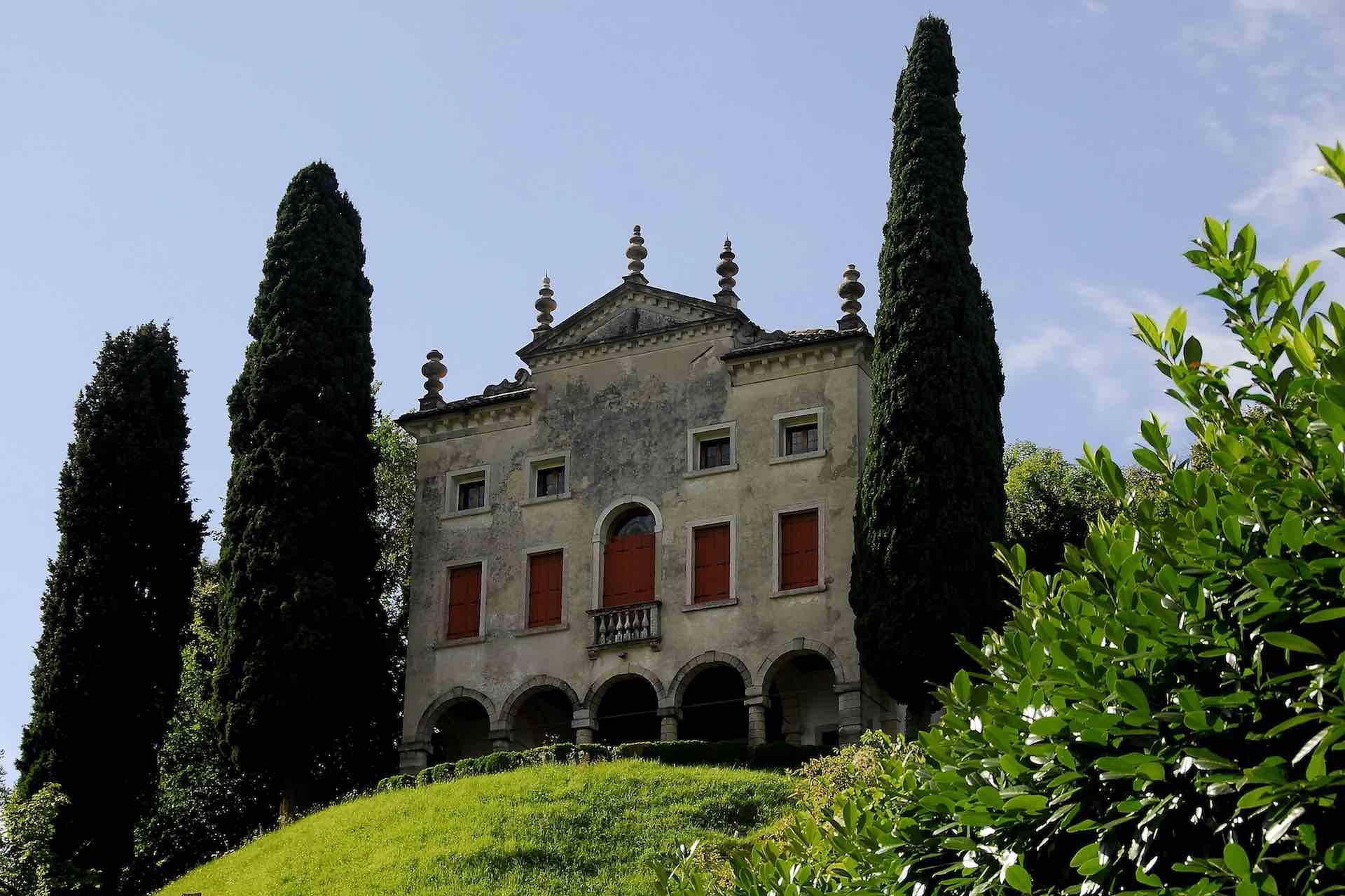 Scopri Asolo in Treviso e la storia delle sue donne