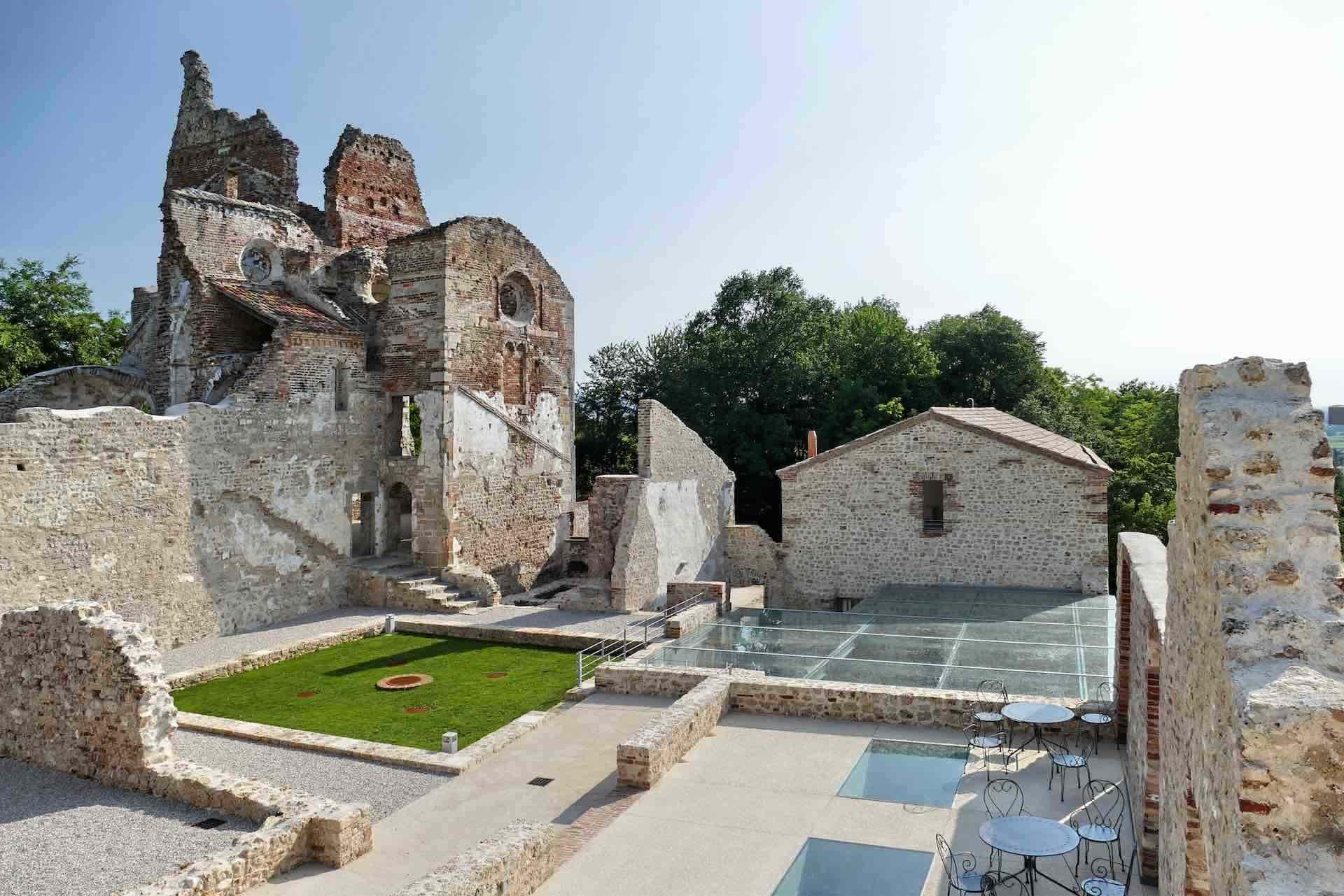 abbazia di Sant'Eustachio - monastero benedettino da visitare durante la tua vacanza culturale in Treviso