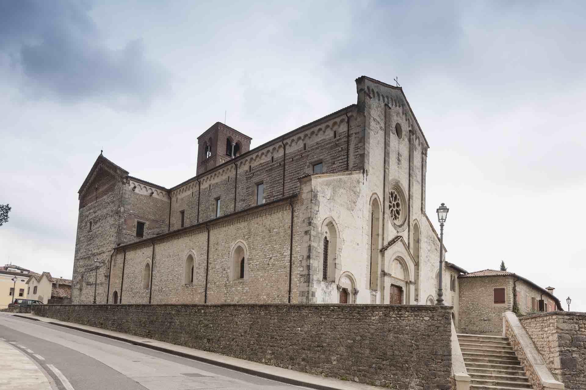 Itinerario culturale in Veneto alla scoperta delle abbazie sulle colline del Prosecco