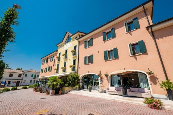 Wine Hotel San Giacomo Activity & Wellness