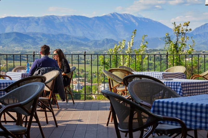 An Italian aperitif with stunning views from the Prosecco terraces